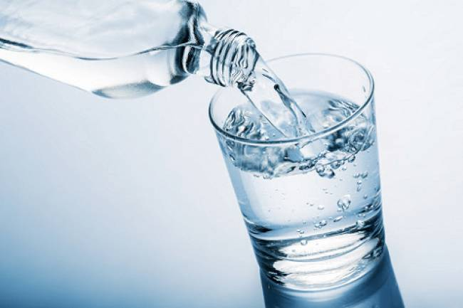 8 Amazing Health Benefits Of Drinking Water