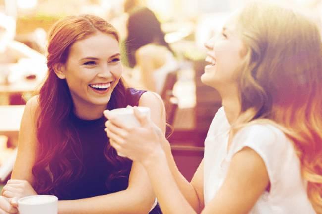 शादी के बाद दोस्ती बनाए रखने के ६ असरदार तरीके