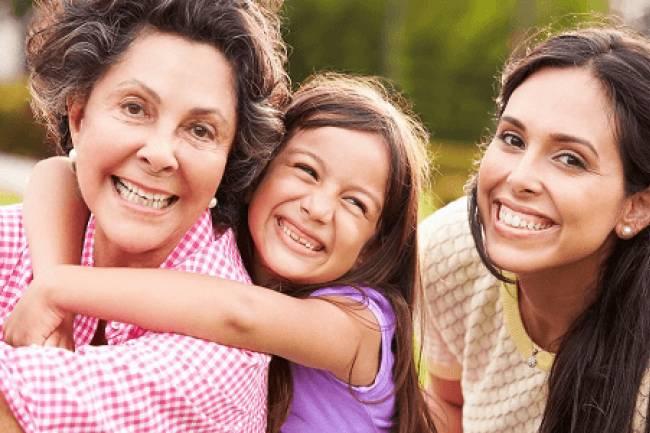 उम्र के हिसाब से महिलाओं के लिए आवश्यक पोषक तत्व