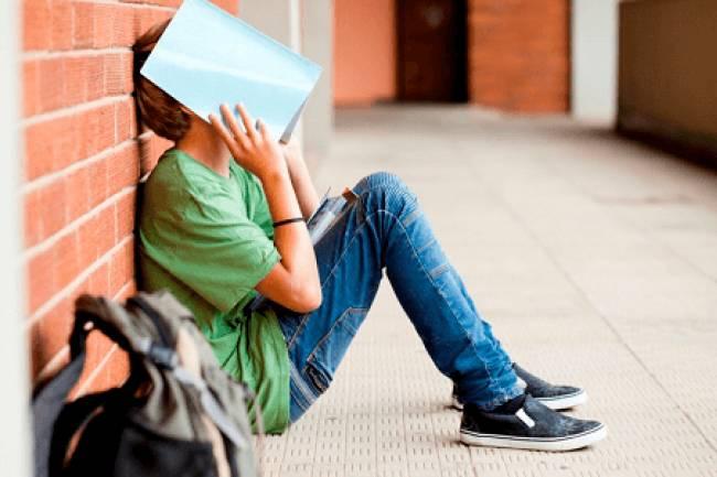 8 Reasons Why Teens Quit School