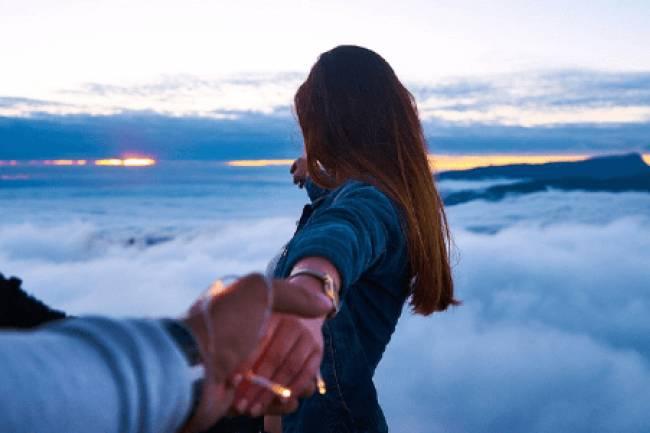 बोरिंग रिश्ते को खुशहाल बनाने के 5 तरीके